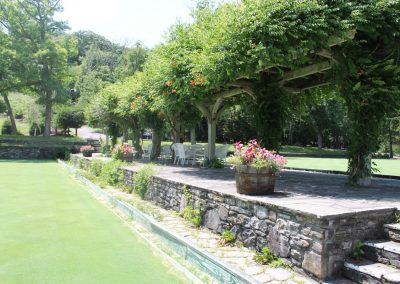 buckhillfalls-amenities-lawn-bowling-gallery-patio